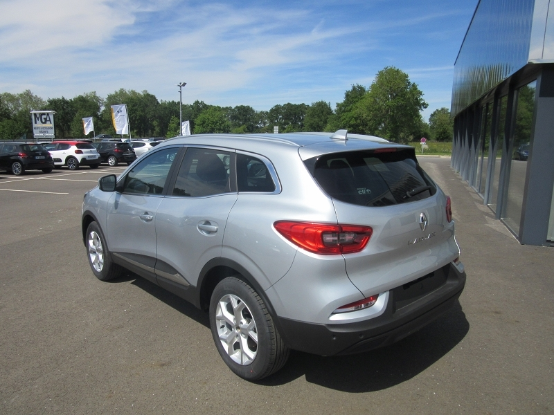 Photo 5 de l'offre de RENAULT KADJAR PH.2 1.3 TCE 140CH FAP BUSINESS + CAMERA à 21980€ chez MGA Bruz